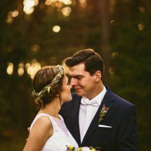 Kwitnące wrzosy na ślubie Natalii i Janka Fotografia Ślubna