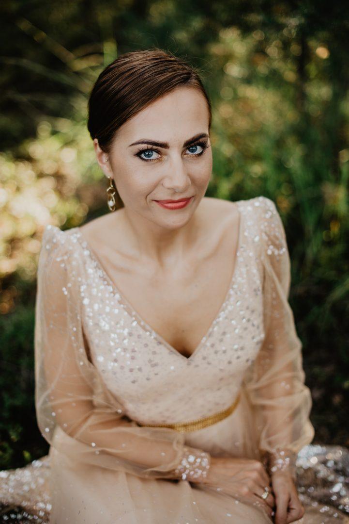 Sesja ślubna w lesie - miłość gra pierwsze skrzypce Fotografia Ślubna